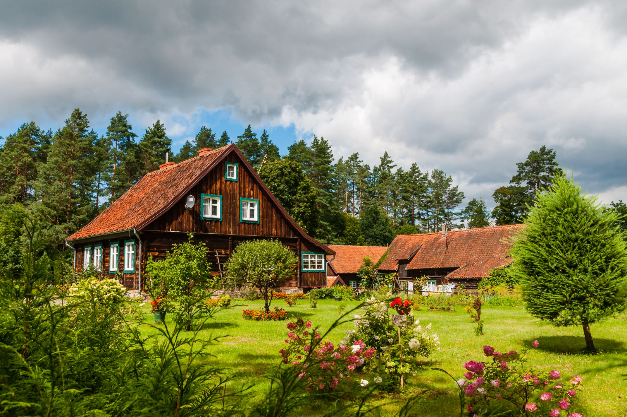 Renting a Farm House Is a Great Alternative to Urban Life